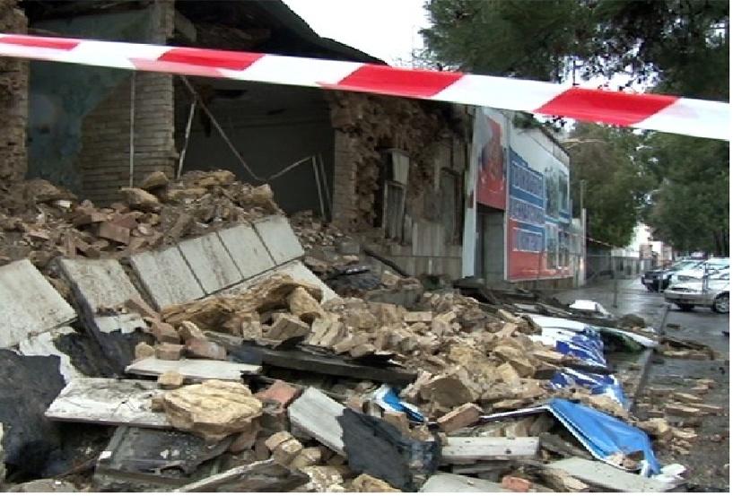 В Омске рухнуло двухэтажное здание