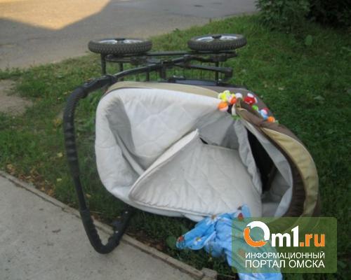В Омске молодой водитель сбил женщину с ребенком