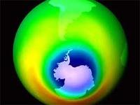 Расслабьтесь: озоновая дыра над Антарктикой переживет Путина