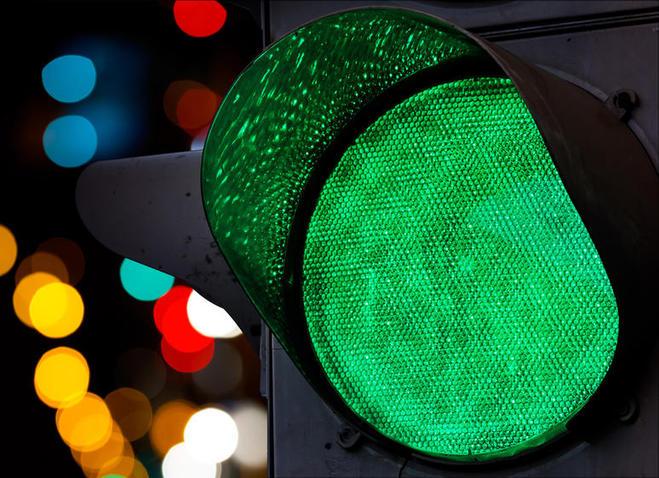 В районе путепровода на Торговой установят 5 новых светофоров