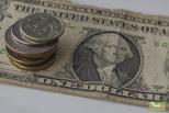 В феврале рубль укрепился на 15% впервые за 20 лет
