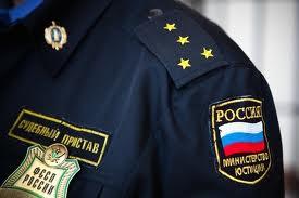 В Омске принципиальный должник по алиментам лишится своего «Москвича»