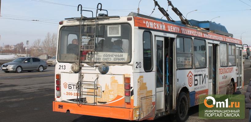 Депутаты Горсовета назвали муниципальный транспорт Омска «орлом-мутантом» и предложили продать все городские автобусы