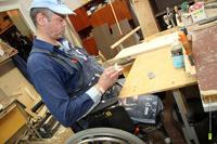 Малый бизнес обяжут нанимать инвалидов