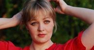 В прокат вышла мелодрама «14+», где мать влюбленного подростка сыграла омичка