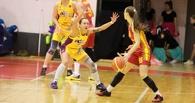 Баскетболистки из Омска в упорной борьбе уступили сыктывкаркам
