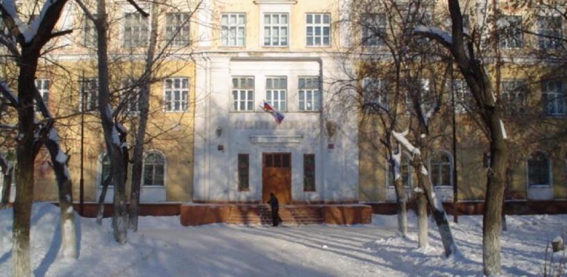 Суд обязал мэрию Омска в срочном порядке отремонтировать гимназию №88