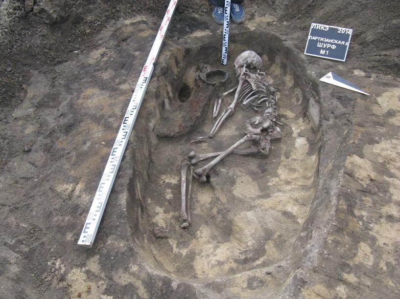 Омские археологи разобрались, кто похоронен под обозным сараем