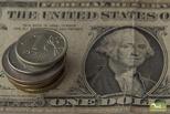 Курсы доллара и евро снова снижаются на торгах