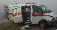 Под Омском 45-летняя автомобилистка врезалась в скорую помощь