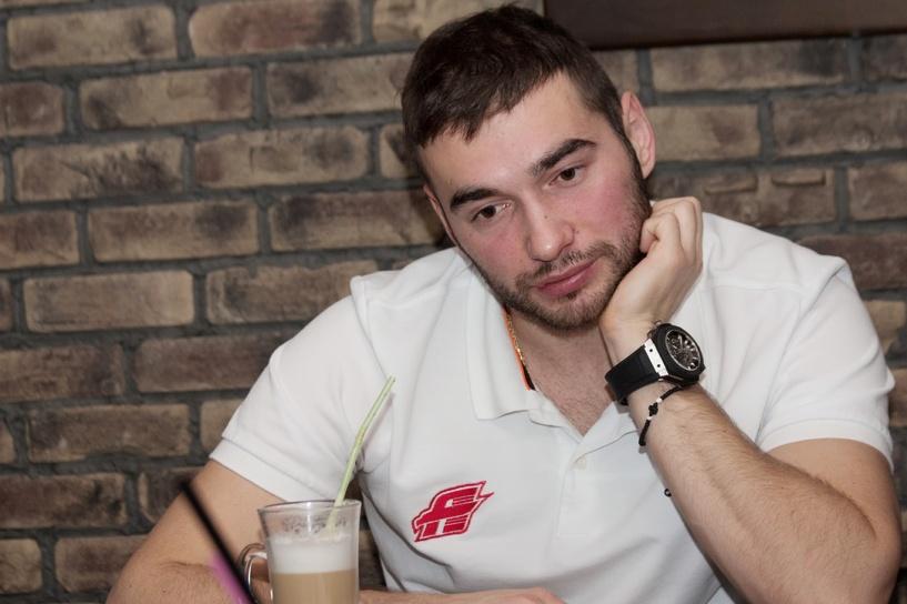 Хоккеист омского «Авангарда» Пивцакин попал в ДТП