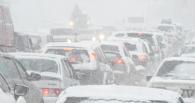 Омская мэрия: дорожные службы оперативно отреагировали на снегопад