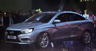 Расхватали за полдня: покупатели опустошили автосалоны с Lada Vesta