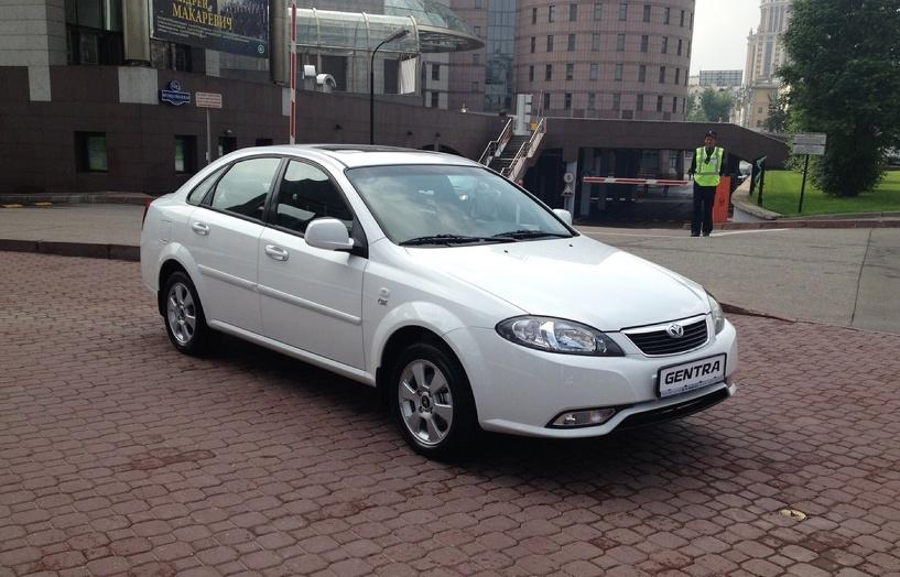 Новые Daewoo Gentra подешевели более чем на 200 тыс. рублей