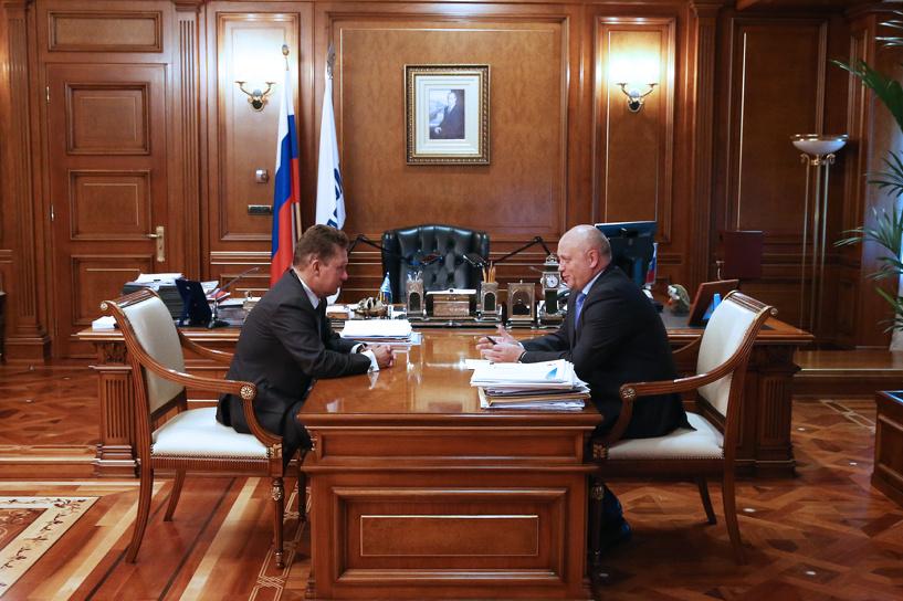 Назаров и Миллер обсудили создание в Омской области газомоторных станций