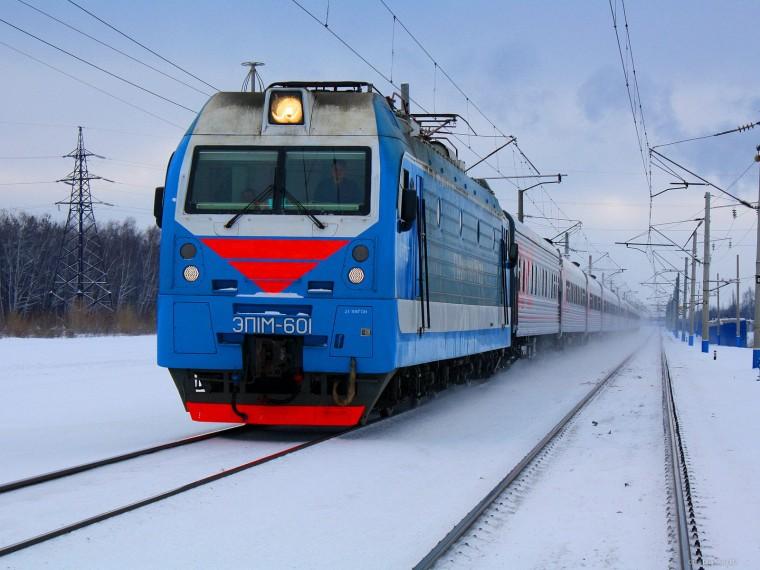В Омске под поезд угодил 18-летний студент Костромской военной академии