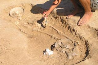 В Омской области нашли самую древнюю кость человека