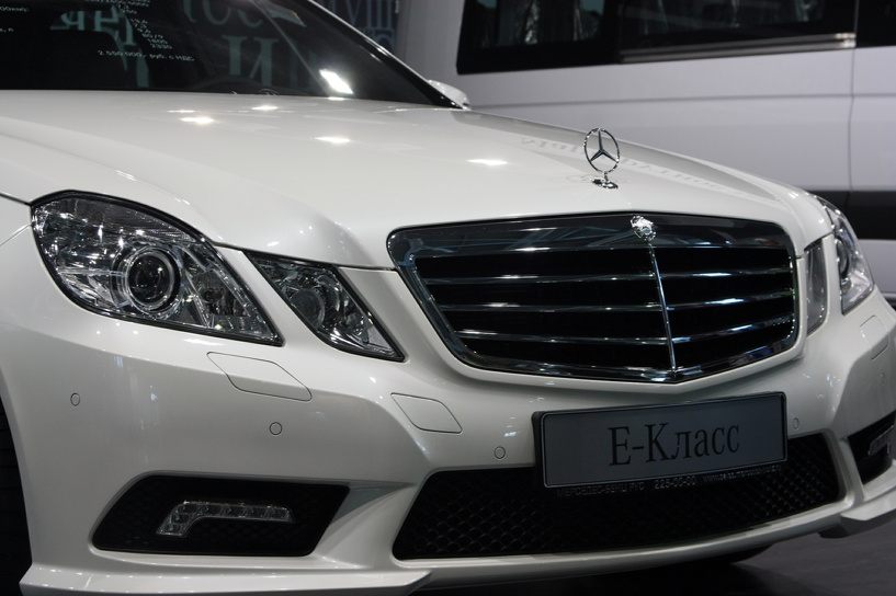 Остались без S-класса: Mercedes-Benz отказался производить автомобили в России