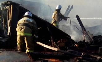В Омске на пожаре в приемной семье погибли четверо детей