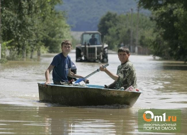 В поселке Затон Черлакского района дежурят спасатели