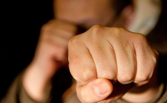 В Омской области молодой парень до смерти избил собственного дядю