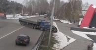 В Новокузнецке судят дальнобойщика из Омска, который грузовиком раздавил иномарку