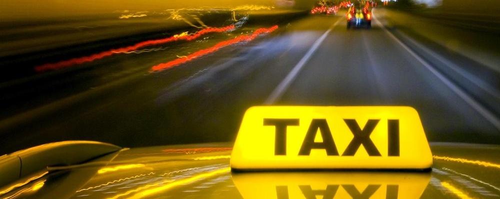 Службе заказа такси «Юнис-Лада» исполнилось 15 лет