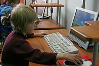 Электронные дневники заведут на каждого школьника России