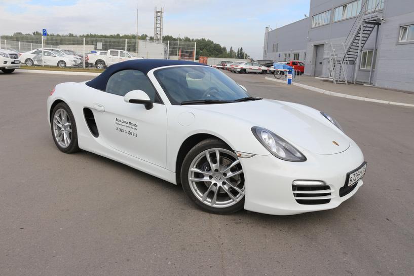 Тест-драйв Porsche Boxster: игрушка для взрослого и очень обеспеченного мальчика