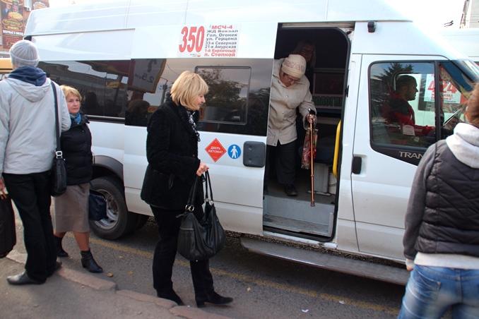 Вопрос о стоимости проезда в маршрутках Омска решится в июне