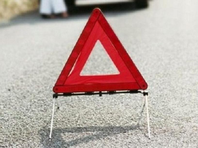 В лобовой аварии под Омском пострадали двое детей