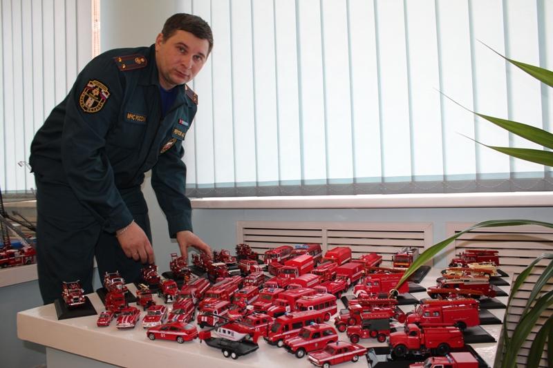 Омич показал коллекцию пожарных машин
