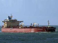 В Персидском заливе индийский танкер разлил нефть