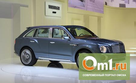 Великий и ужасный: Bentley представила фото своего внедорожника