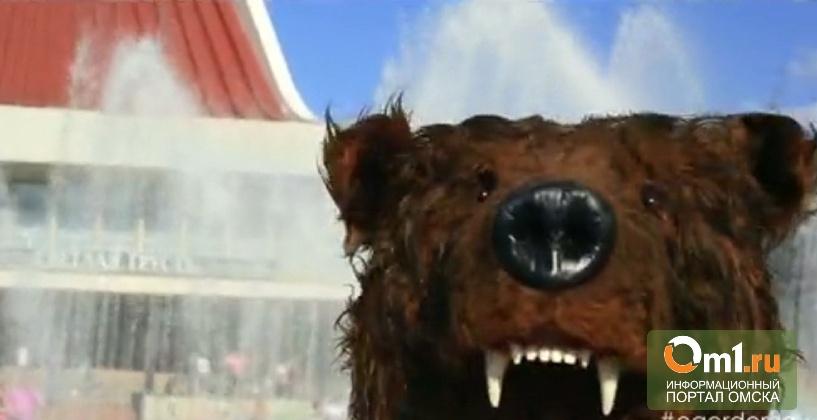 По Омску бродит бурый медведь