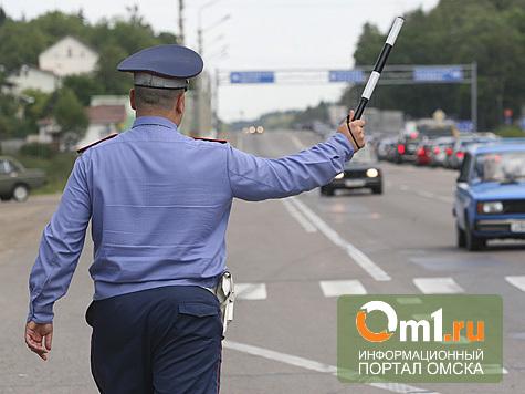 В Омске сотрудник ГИБДД похитил у себя машину