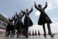 В Дагестане чиновники и политики будут носить хиджабы и черкески