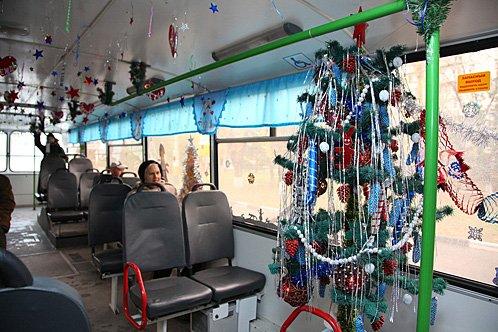 31 декабря в Омске общественный транспорт будет работать до полуночи