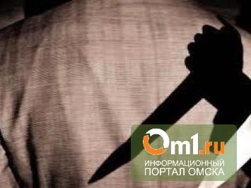 В Омске днем пенсионера убили в собственной квартире из-за сотового