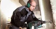 В Омске сотрудники стройфирмы украли у работодателя отбойный молоток и перфоратор