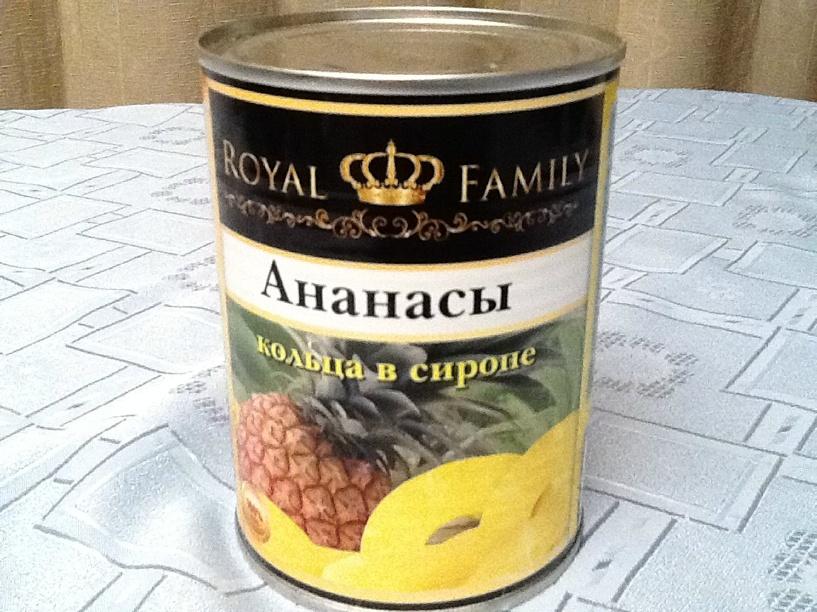 В Омске заключенному пытались передать телефон в банке из-под ананасов