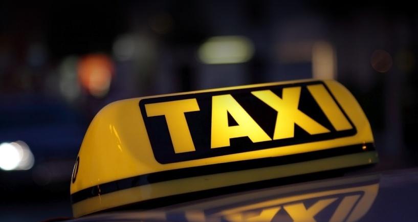 В Омске таксист убил пенсионерку из-за отсутствия сдачи в 50 рублей