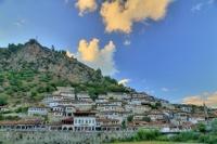 Албания отменила визы для россиян до конца сентября