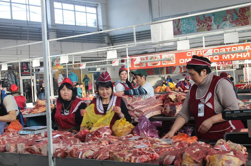Омские покупатели в шоке: только рейд смог снизить ценники на продукты