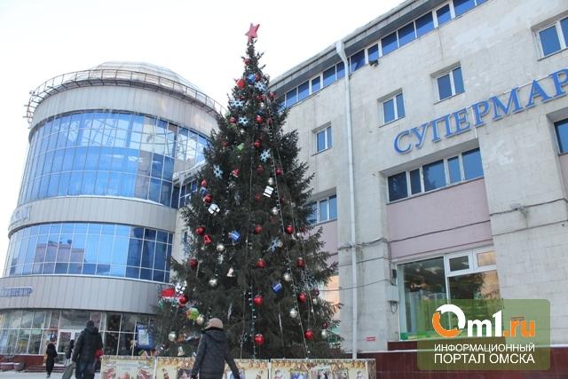 Елка у «Каскада» в Омске стоит 4 млн рублей