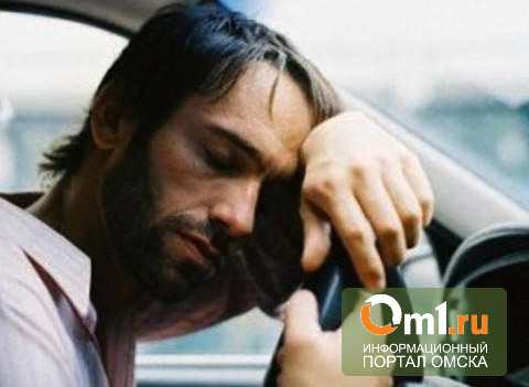 В Омске водитель иномарки заснул за рулем. Пострадали дети