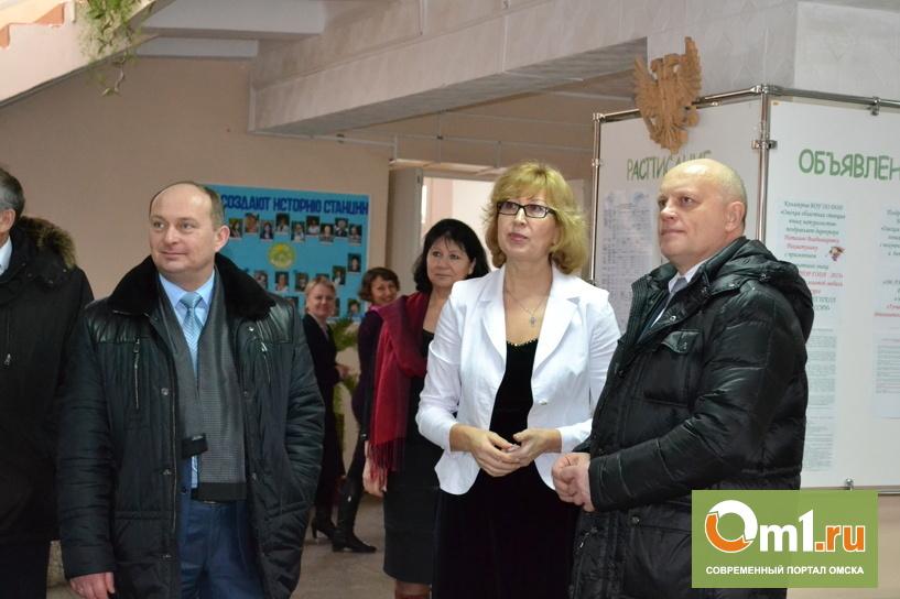 Назаров открыл в Омске реконструированный зимний сад
