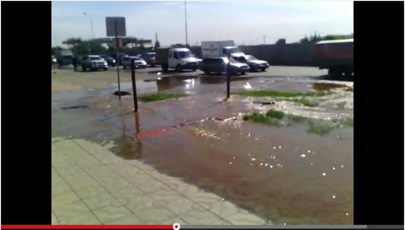 Потоп на Левобережье Омска произошел из-за бросовых труб «Мостовика»