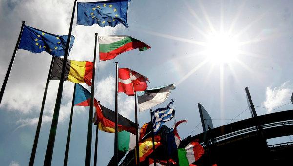 Еврокомиссия приступила к разработке очередных санкций против России