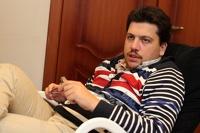 Главу штаба Навального Волкова сняли в московском стрип-клубе